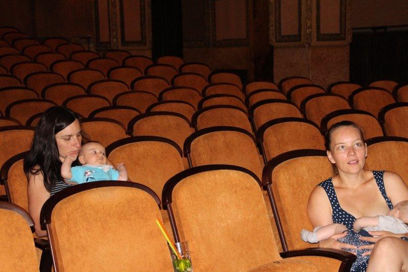 S kočárkem do kina: Vyrazte na filmové trháky i s miminkem
