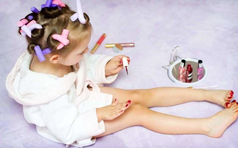 Make-up pro děti: Legrace, nebo nebezpečí?