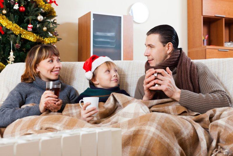 Vánoční pohoda u pohádek s těmi, které máte nejraději. Zdroj: Iakov Filimonov / Shutterstock, Inc.