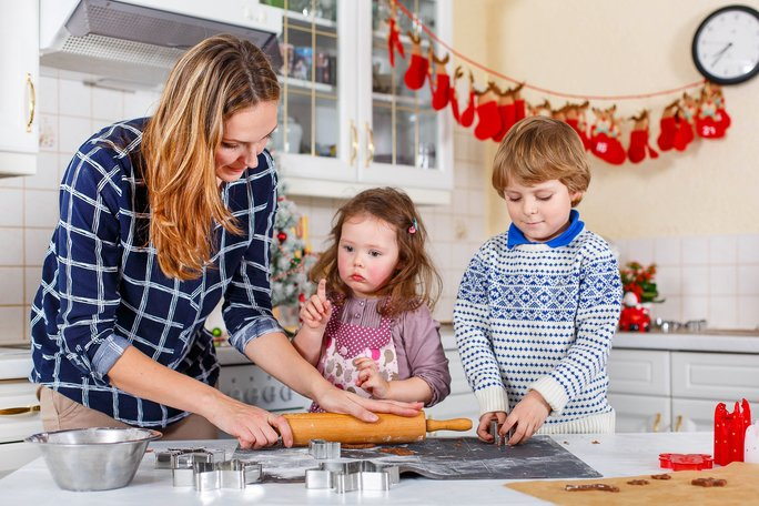 Vsaďte na zdravé vánoční recepty, které budou chutnat i dětem.  Zdroj: Romrodphoto/ Shutterstock, Inc