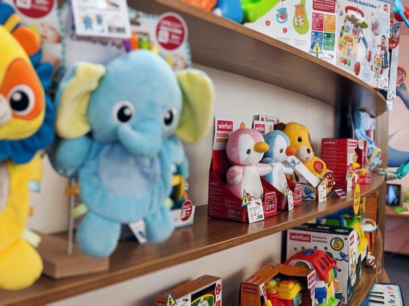 Mikro Trading nabízí i hračky pro nejmenší.