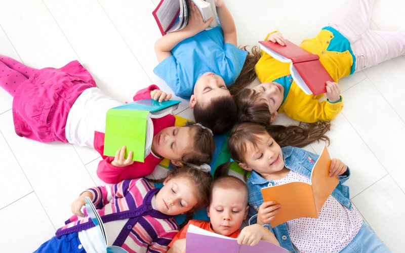 Odměna za vysvědčení i čtení na prázdniny: Tyhle knížky budou děti bavit
