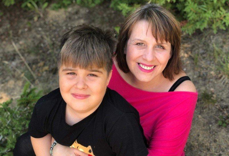 Jitka Reineltová se synem, který má také svalovou dystrofii Duchenne. Zdroj: archiv Jitky Reineltové