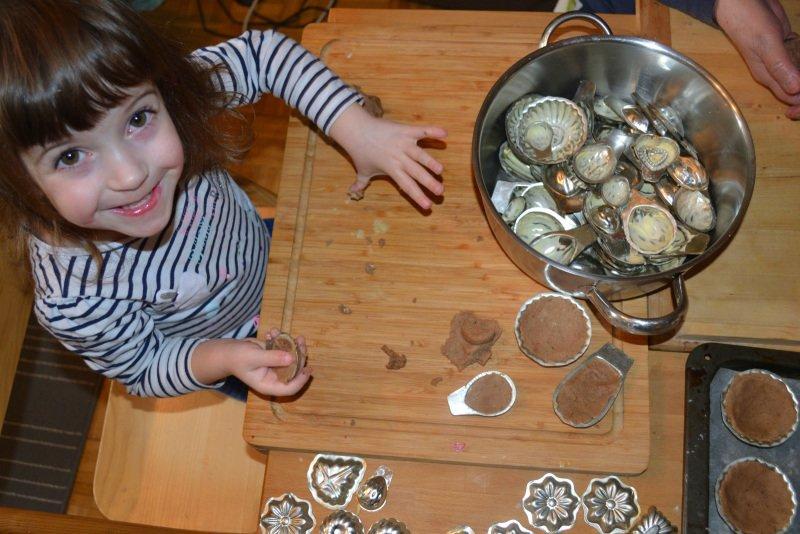 Pracny mohou péci i malé děti. Zdroj: archiv Petry Kašparové