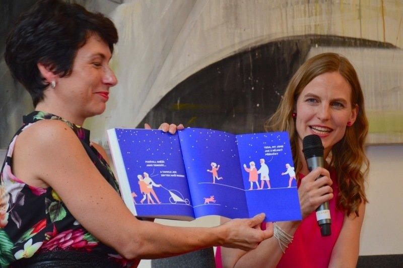 Kamila napsala knihu Třetí rodič. Zdroj: Kamila Šimůnková.