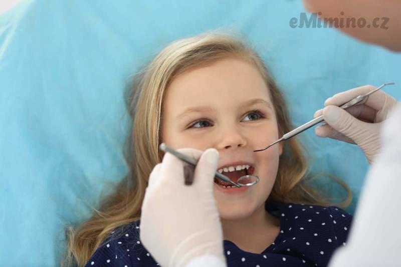To musíte čistit, jinak vám ty zuby vypadají, aneb MOJE ZUBNÍ TRÁPENÍ - díl 1