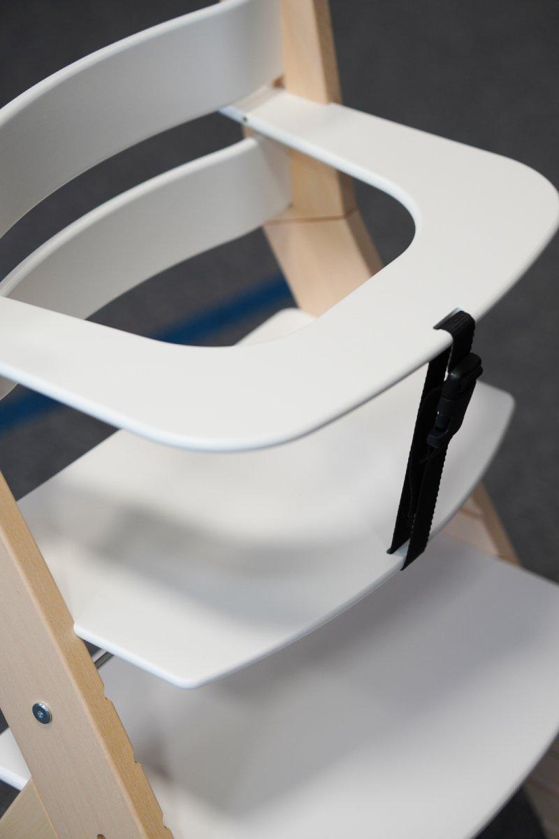 Ergonomicky tvarovaný sedák, který podporuje zdravý růst a zabraňuje deformaci páteře. Zdroj: Redakce