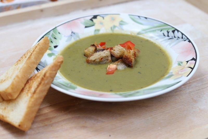 SALVEST Prestó jsou nutričně vyvážené polévky z BIO potravin. Zdroj: Redakce.