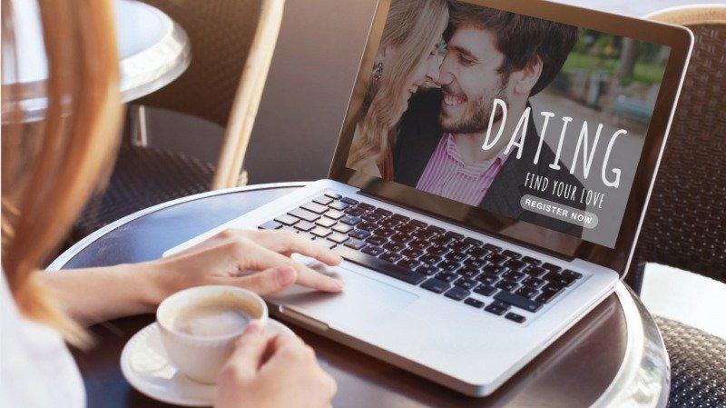 Láska přes internet: 3 základní tipy, jak si na seznamce vybrat správně