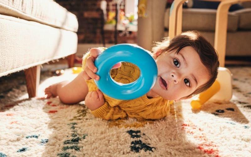 Výzkumná laboratoř Play Lab Fisher-Price nevyrábí hračky pro děti, ale s dětmi