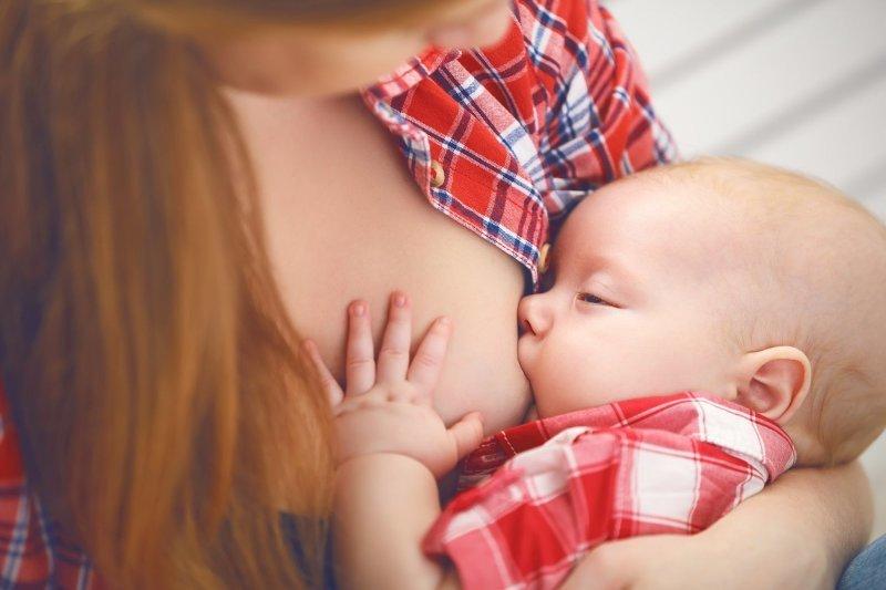 Laktace není legrace: čím podpořit tvorbu mateřského mléka?