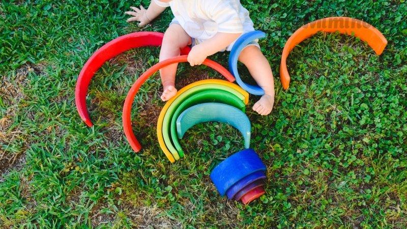 Děti s DS se vyvíjejí pomaleji. Zdroj: Ingimage