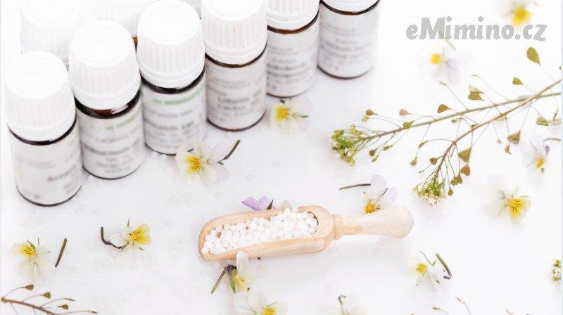 Homeopatika jsou alternativní možností při léčbě běžných nemocí. Zdroj: Canva Pro