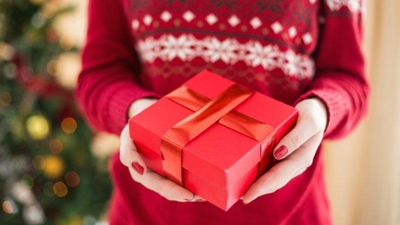 Vánoční kolotoč začal! Přihlaste se a čekejte tajemný balíček