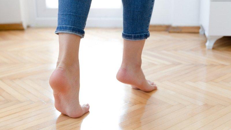 Čistá podlaha včetně všech rohů? S mopem Vileda Spin & Clean to zvládnete snadno