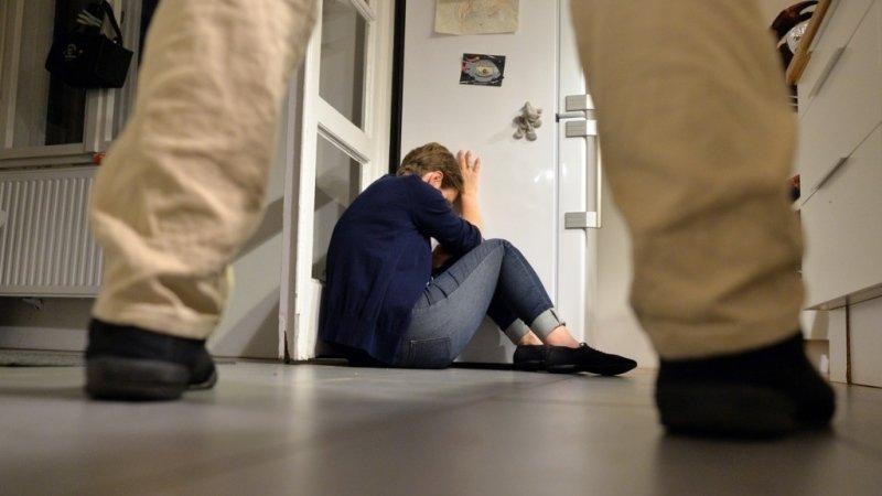 Domácí násilí v rodinách nesmí být tabu: Norský film dětem ukazuje, jak najít pomoc
