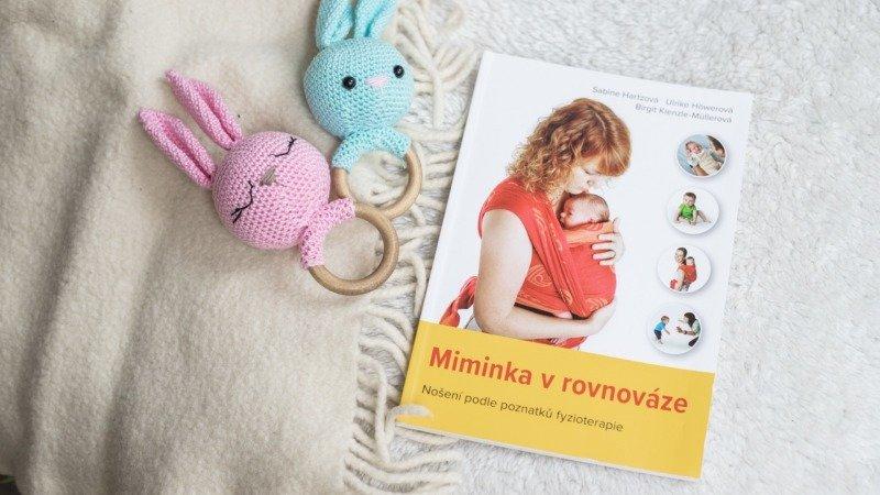 Úžasná knížka Miminka v rovnováze je sepsaná podle posledních poznatků fyzioterapeutů.