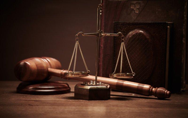 Soud rozhodl: U přídavků na děti se nadále bude zohledňovat příjem rodiny